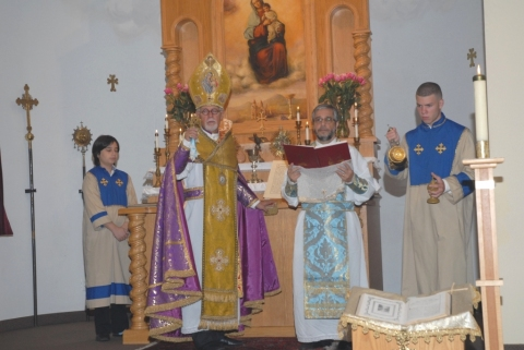 st-mary-18-anniv-badarak-celebrated-by-archbp-vicken-aykazian