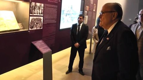 Giuliani Armenia 5